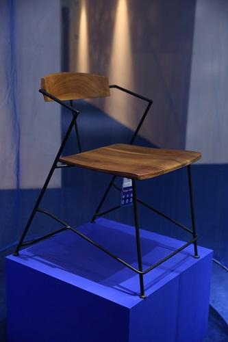 蔡烈超-Power Chair