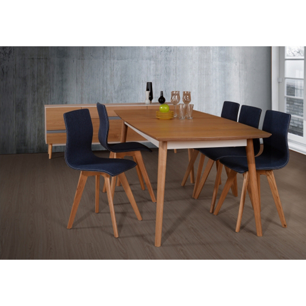 new-gothenburg-oak-dinning table