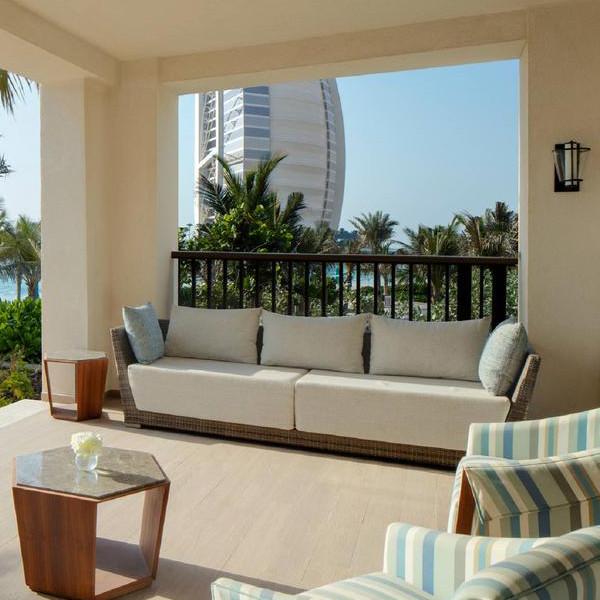 Dedans  Outdoor Furniture Contract Outdoor Furniture