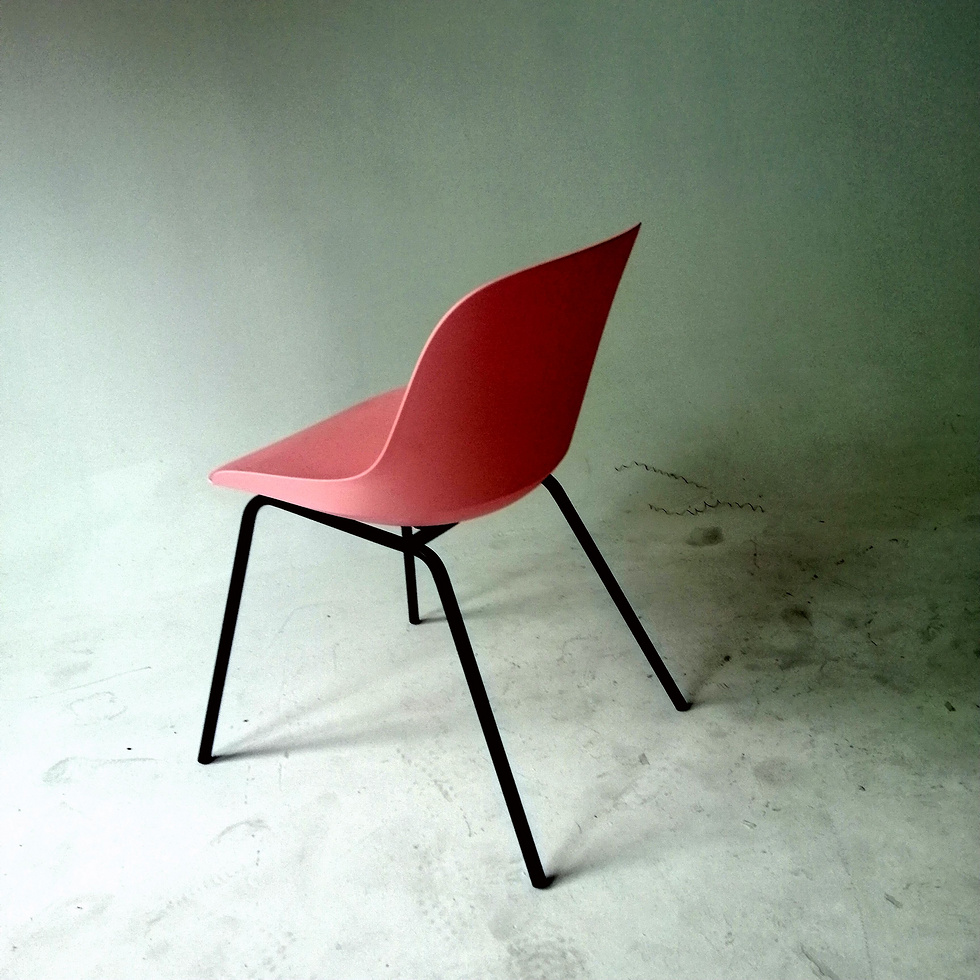 Design plastic seat dining chair cafe chair restaurant chairs with metal leg