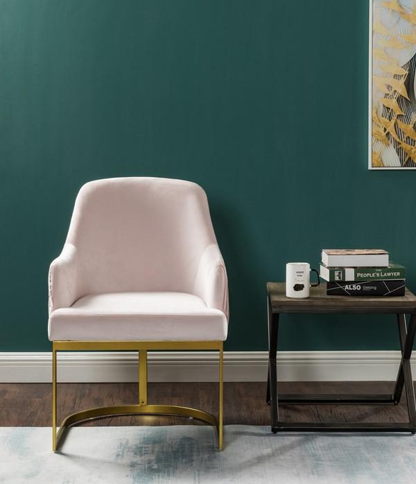 8217 Arm chair