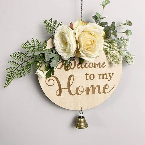Brown Color Outdoor Hanging Vertical Sign with Artificial Flower and Cloth Bowknot Welcome Sign for Front Door